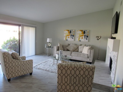 Palm Desert Condo/Townhouse For Sale: 154 S Camino Arroyo