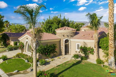 La Quinta Single Family Home Contingent: 55735 Turnberry Way