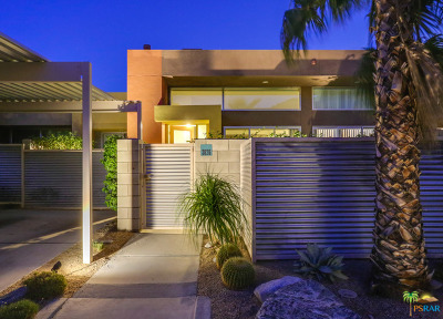 Palm Springs CA Condo/Townhouse For Sale: $259,900