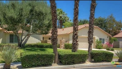 Palm Desert Single Family Home For Sale: 39740 Saint Michael Place