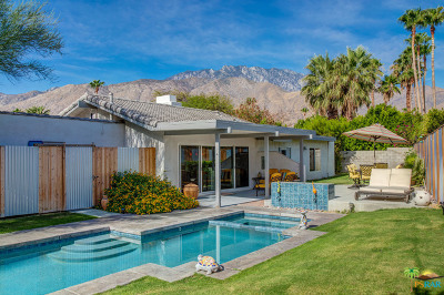 Palm Springs Single Family Home For Sale: 1126 E El Cid