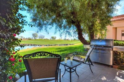 La Quinta Condo/Townhouse Contingent: 54588 Oak Tree #A105