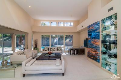 Palm Desert Single Family Home For Sale: 73189 Segura Court