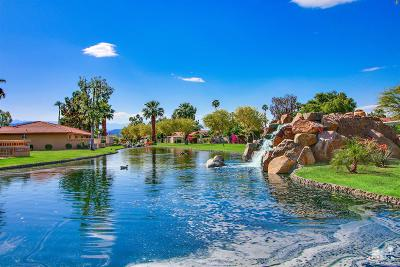 Bermuda Dunes, Indian Wells, Indio, La Quinta, Palm Desert, Rancho Mirage Condo/Townhouse For Sale: 49017 Eisenhower Drive