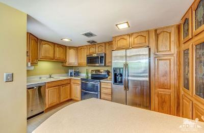 Bermuda Dunes, Indian Wells, Indio, La Quinta, Palm Desert, Rancho Mirage Condo/Townhouse For Sale: 42320 Baracoa Drive Drive #10