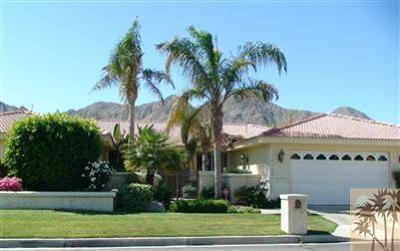 Indian Wells Single Family Home Contingent: 76933 Comanche Lane
