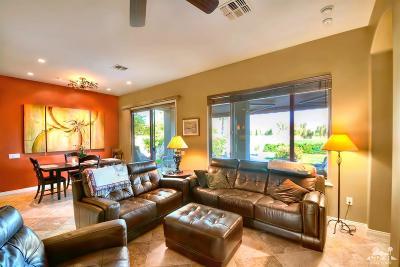 Sun City Shadow Hills Single Family Home Contingent: 40504 Calle Santa Monica
