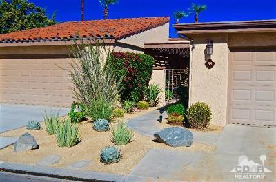 Rancho Mirage Condo/Townhouse For Sale: 68 Majorca Drive