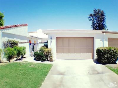 Rancho Las Palmas C. Condo/Townhouse For Sale: 15 Toledo Drive