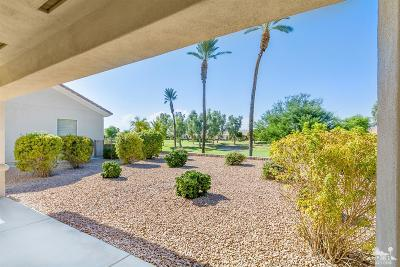 Palm Desert Single Family Home For Sale: 39261 Mirage Circle