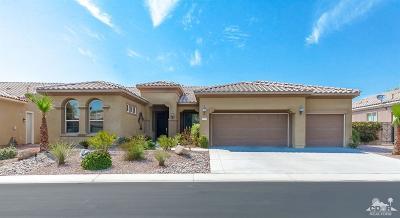 Sun City Shadow Hills Single Family Home For Sale: 81248 Avenida Neblina