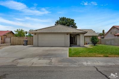 Cathedral City Single Family Home For Sale: 68099 Marina Road