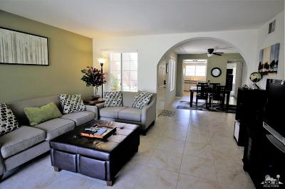 Palm Springs Condo/Townhouse For Sale: 2700 East Mesquite Avenue #F35