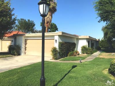 Rancho Mirage Condo/Townhouse For Sale: 19 Toledo Drive