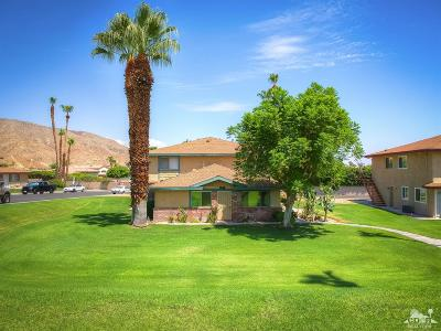 Palm Desert Condo/Townhouse For Sale: 72654 Willow Street #1