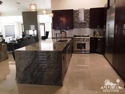 Rancho Mirage Single Family Home For Sale: 14 Gleneagle Drive