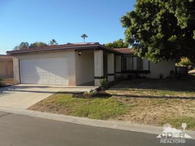 Palm Desert CA Single Family Home For Sale: $219,900