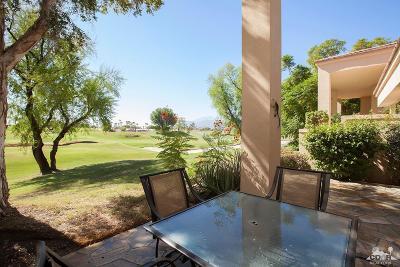 La Quinta Condo/Townhouse For Sale: 54172 Oak Tree #A135
