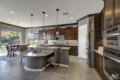 Sun City Shadow Hills Single Family Home For Sale: 81720 Avenida Estuco