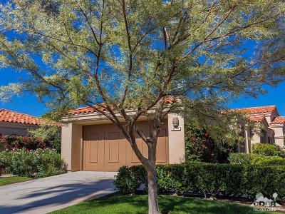 La Quinta Condo/Townhouse For Sale: 54780 Shoal Creek
