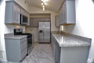 Palm Desert Single Family Home For Sale: 43700 Carmel Circle