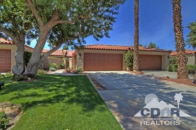 Palm Desert Condo/Townhouse For Sale: 38737 Dahlia Way