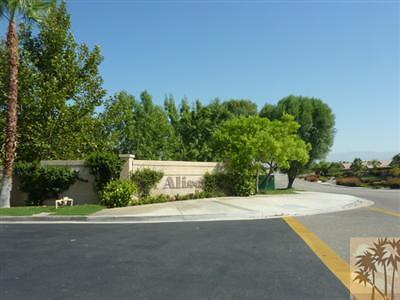 La Quinta Single Family Home Contingent: 79379 Paseo Del Rey