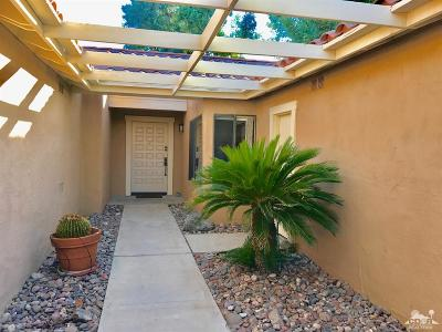 Palm Desert Condo/Townhouse For Sale: 253 San Remo Street