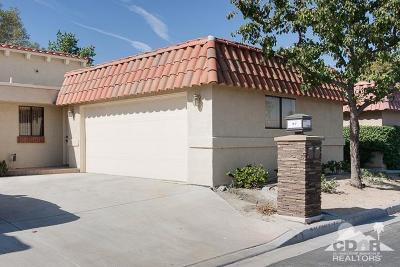 Palm Desert Condo/Townhouse For Sale: 77265 Olympic Way