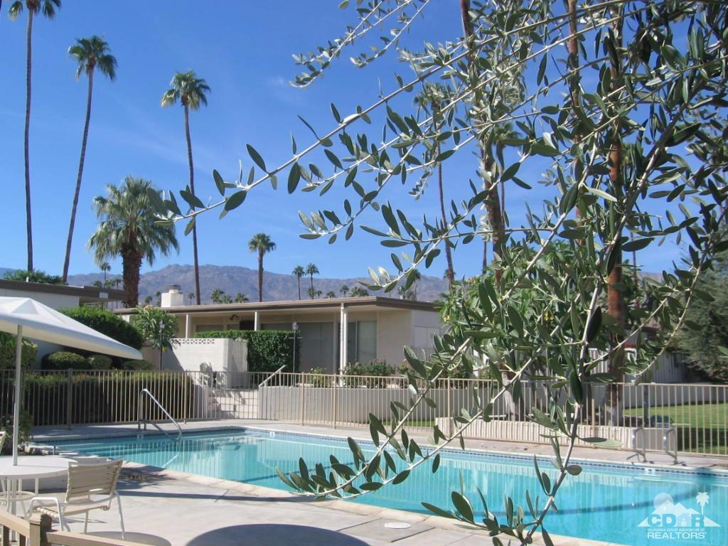 Listing: 46027 Portola Avenue #16, Palm Desert, CA.| MLS# 217028226 ...