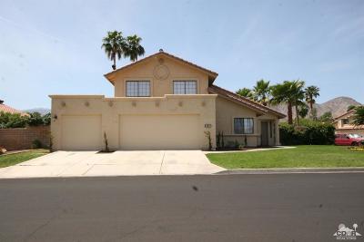 La Quinta Single Family Home For Sale: 49235 Via Bolero