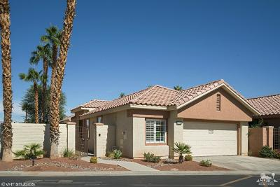 Palm Desert Condo/Townhouse For Sale: 76862 Danith Place