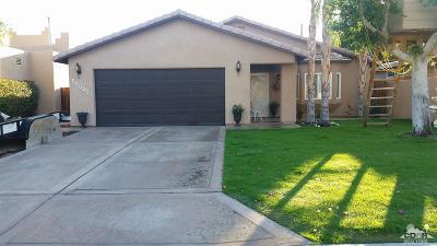 La Quinta Single Family Home For Sale: 51530 Avenida Herrera