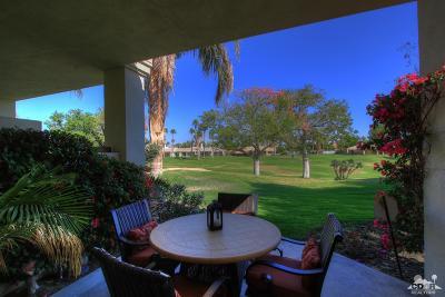 La Quinta Condo/Townhouse For Sale: 54956 Riviera