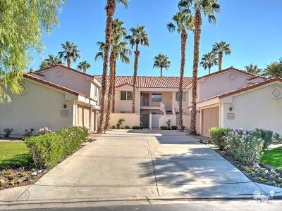 La Quinta Condo/Townhouse For Sale: 55572 Southern Hills