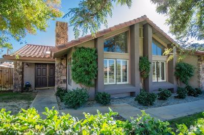 Palm Desert Single Family Home Contingent: 40440 Periwinkle Court