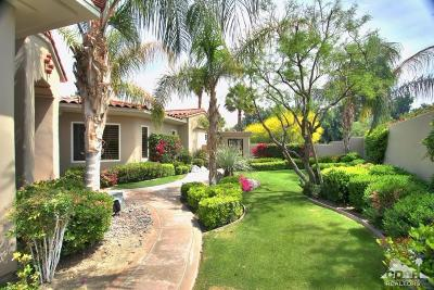 Palm Desert Single Family Home For Sale: 527 Arrowhead Drive