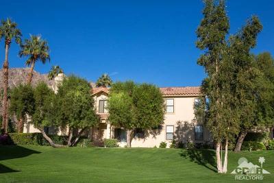 La Quinta Condo/Townhouse For Sale: 54985 Tanglewood