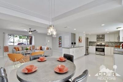Palm Springs Single Family Home For Sale: 2303 North Viminal