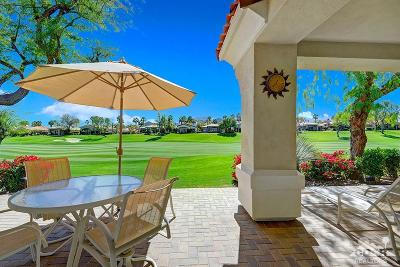 Palm Desert Condo/Townhouse For Sale: 401 Desert Holly Drive