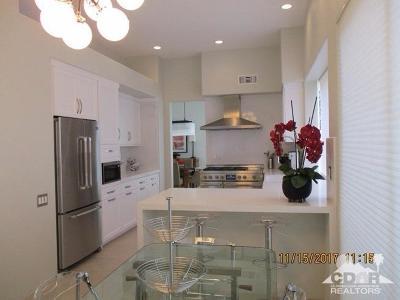 Indian Wells Condo/Townhouse For Sale: 75588 Vista Del Rey