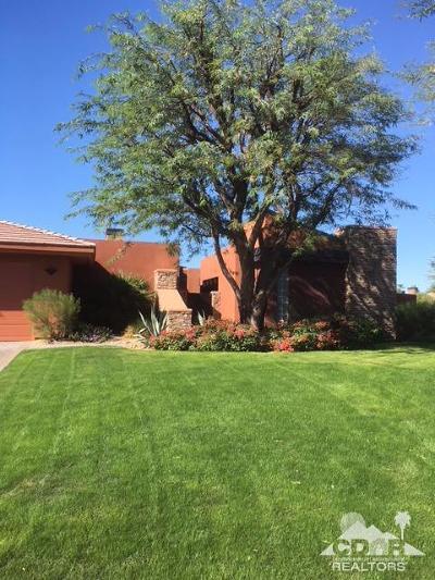 La Quinta Single Family Home Contingent: 50255 Via Sin Prisa
