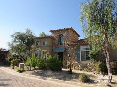 Palm Desert Condo/Townhouse For Sale: 1021 Via Fortuna