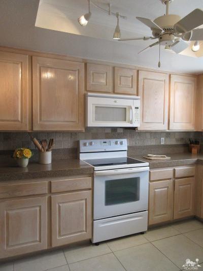 Rancho Mirage Condo/Townhouse For Sale: 128 La Cerra Drive