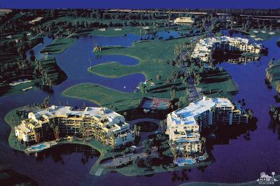 Rancho Mirage Condo/Townhouse For Sale: 900 Island Drive #506