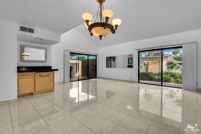 Rancho Mirage Condo/Townhouse For Sale: 71847 Eleanora Lane