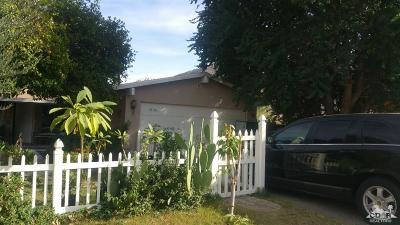 La Quinta Single Family Home For Sale: 52190 Avenida Villa