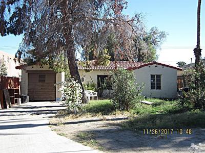 La Quinta Single Family Home Contingent: 51290 Avenida Carranza