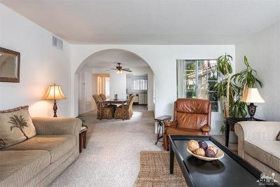 Palm Springs CA Condo/Townhouse For Sale: $224,900