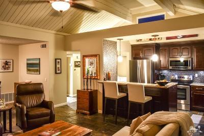 Rancho Mirage Condo/Townhouse For Sale: 70100 Mirage Cove Drive #46
